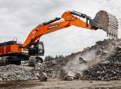 Nové rýpadlo Doosan DX800LC-7 přináší nejlepší výkon ve třídě 80 tun